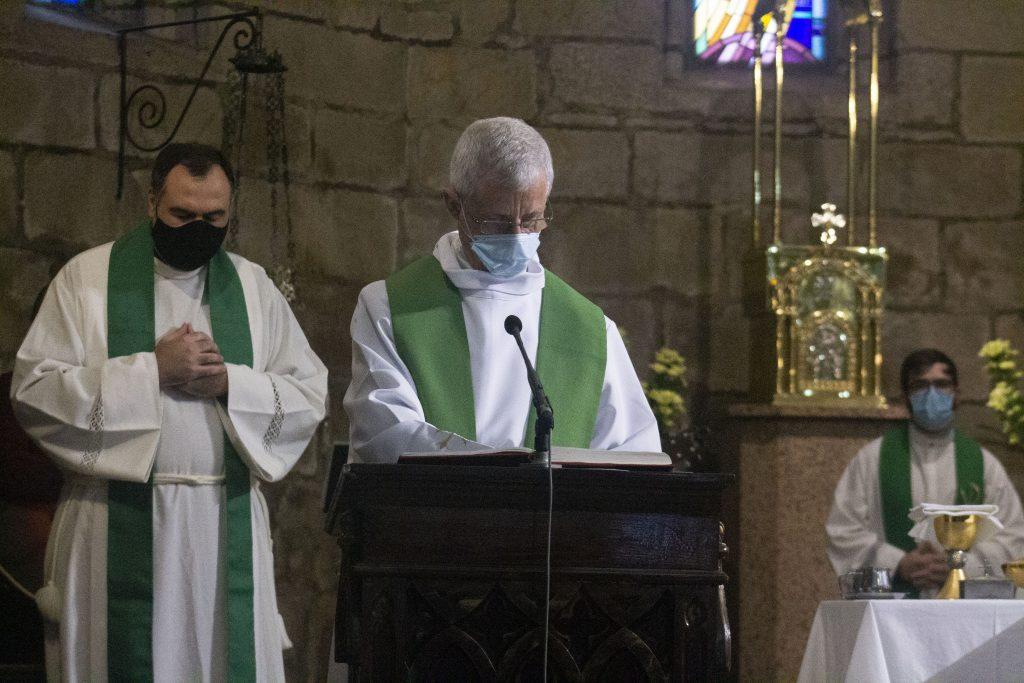 Joaquín Estévez proclamando el Evangelio