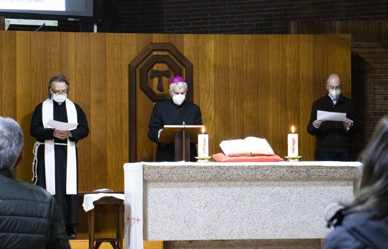 Anglicanos, ortodoxos, evangélicos y católicos se unen bajo el mismo techo para rezar por la unidad de los cristianos.