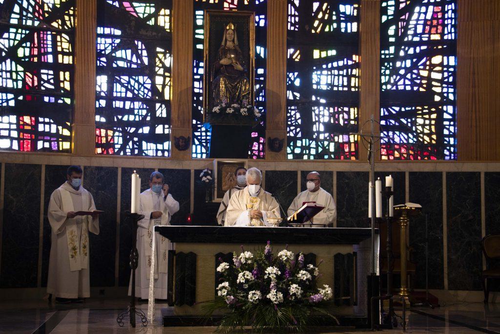 El Instituto Teológico San José de Vigo celebra a Santo Tomás de Aquino con una eucaritía presidida por el obispo Luis Quinteiro Fiuza.