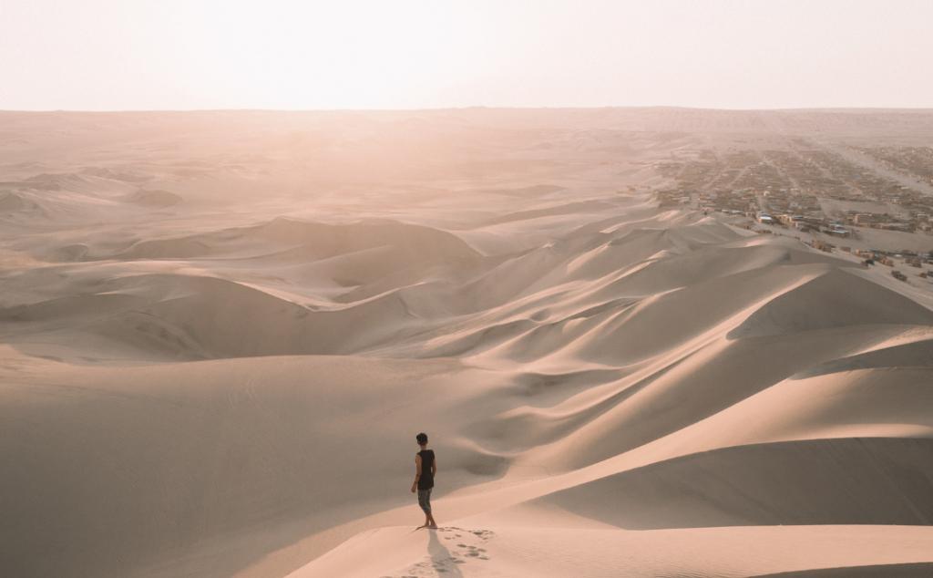Del desierto a la Luz